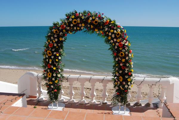 arche fleurs décoration cérémonie laïque