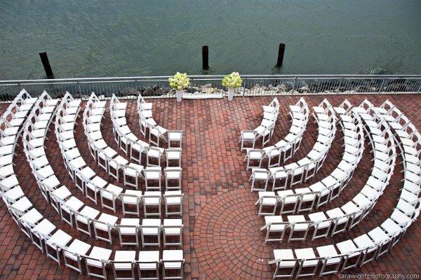 disposer les chaises cérémonie laïque demi-cercle