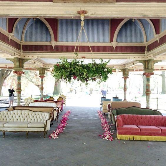 assises ceremonie laique sofas