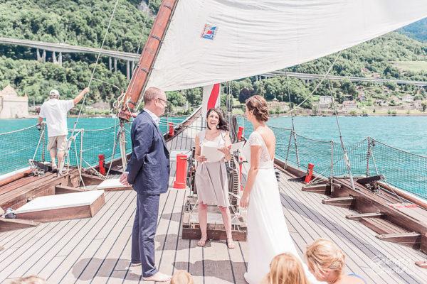 elopement bateau