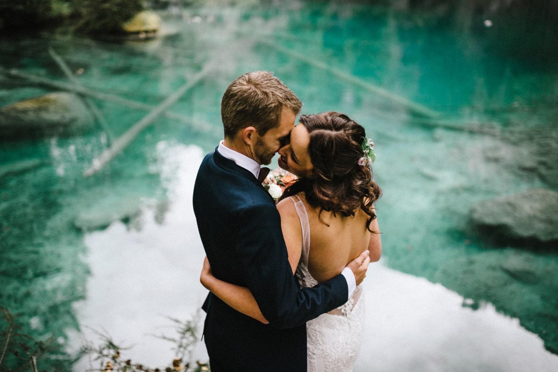 Mariage intime à Blausee en Suisse
