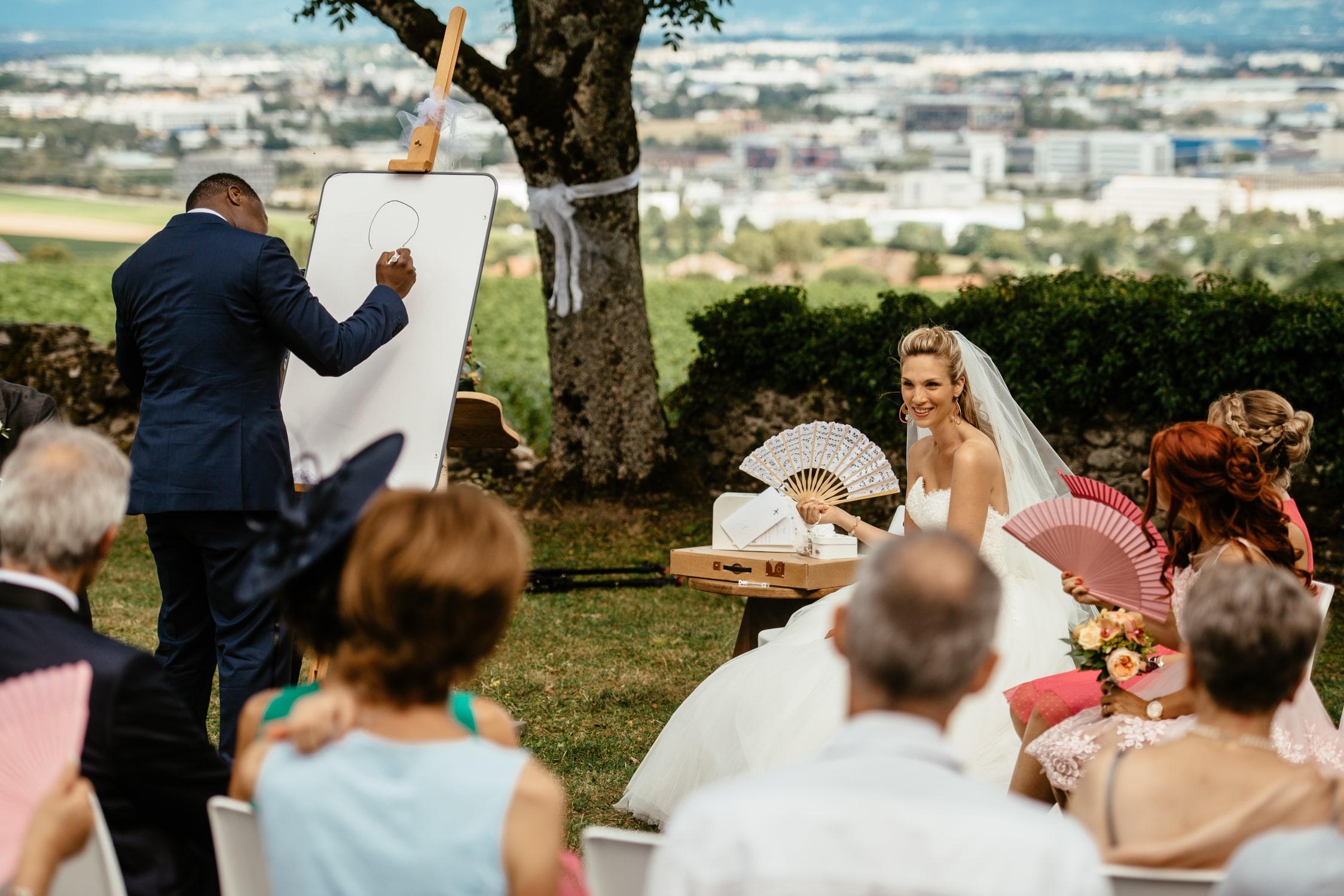 Le marié dessine sa femme