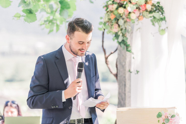 Discours d'un proche lors de la cérémonie laïque
