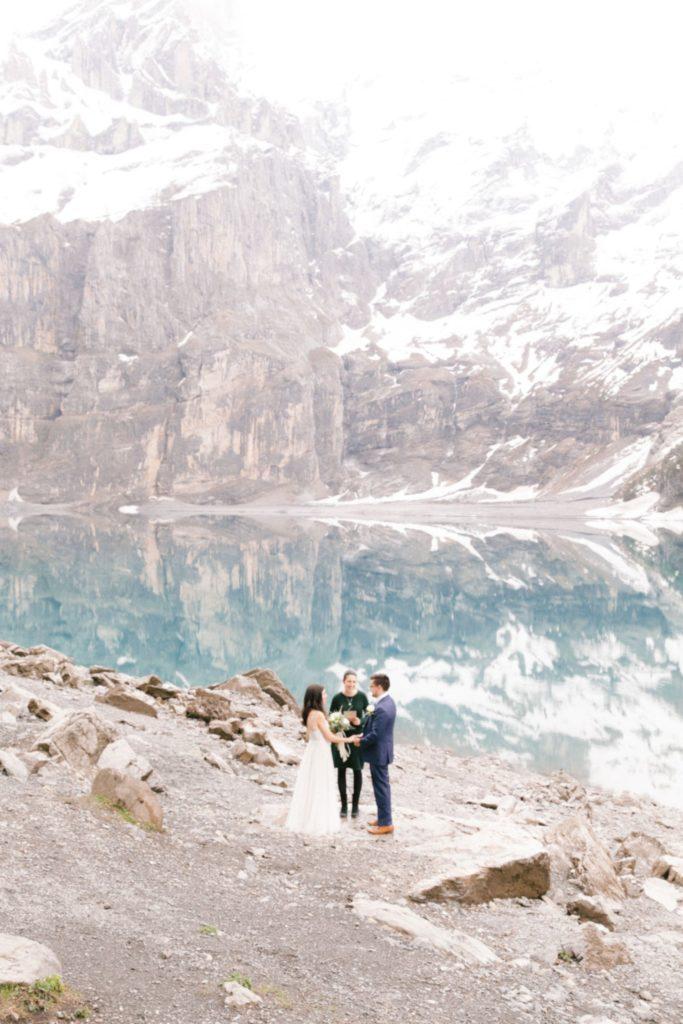 Lake elopement in Switzerland