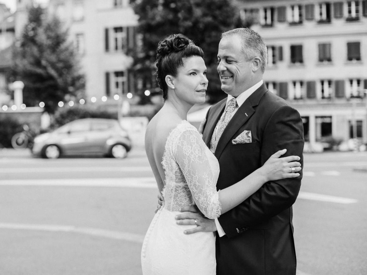Sophie et Ludo durant leur cérémonie de mariage émotionnelle