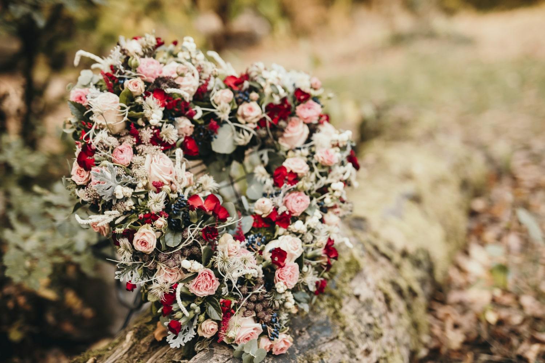 Décoration florale de cérémonie laïque de baptême