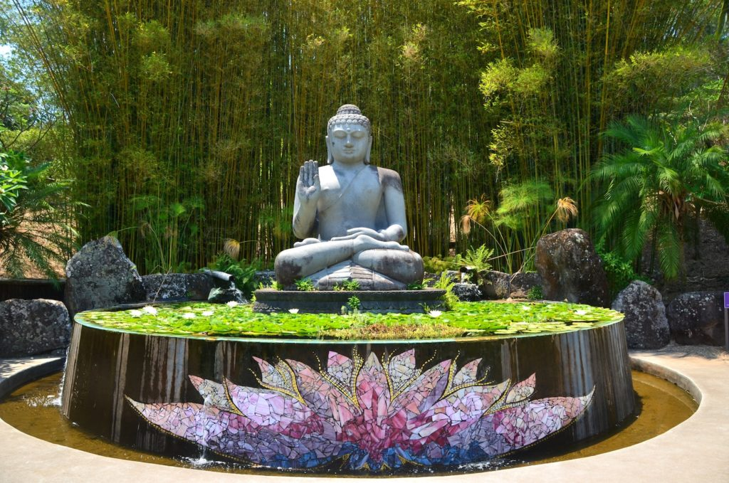 Bouddha au Crystal Castle