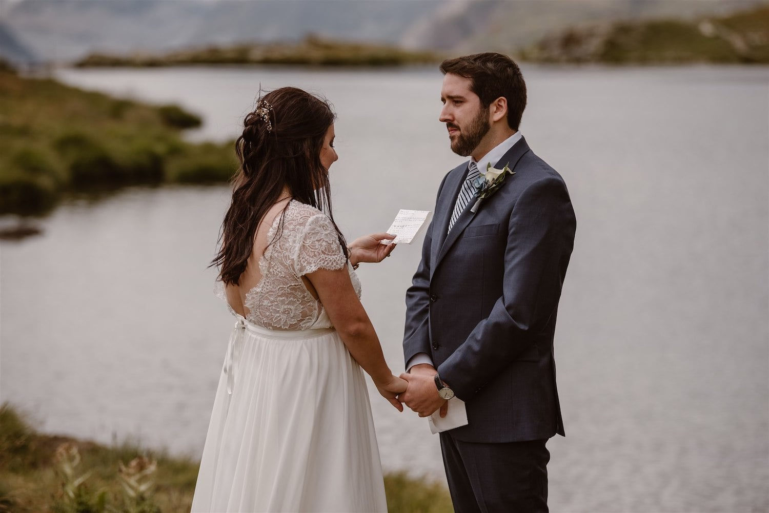 Couple exchanging vows during their elopement in Switzerland