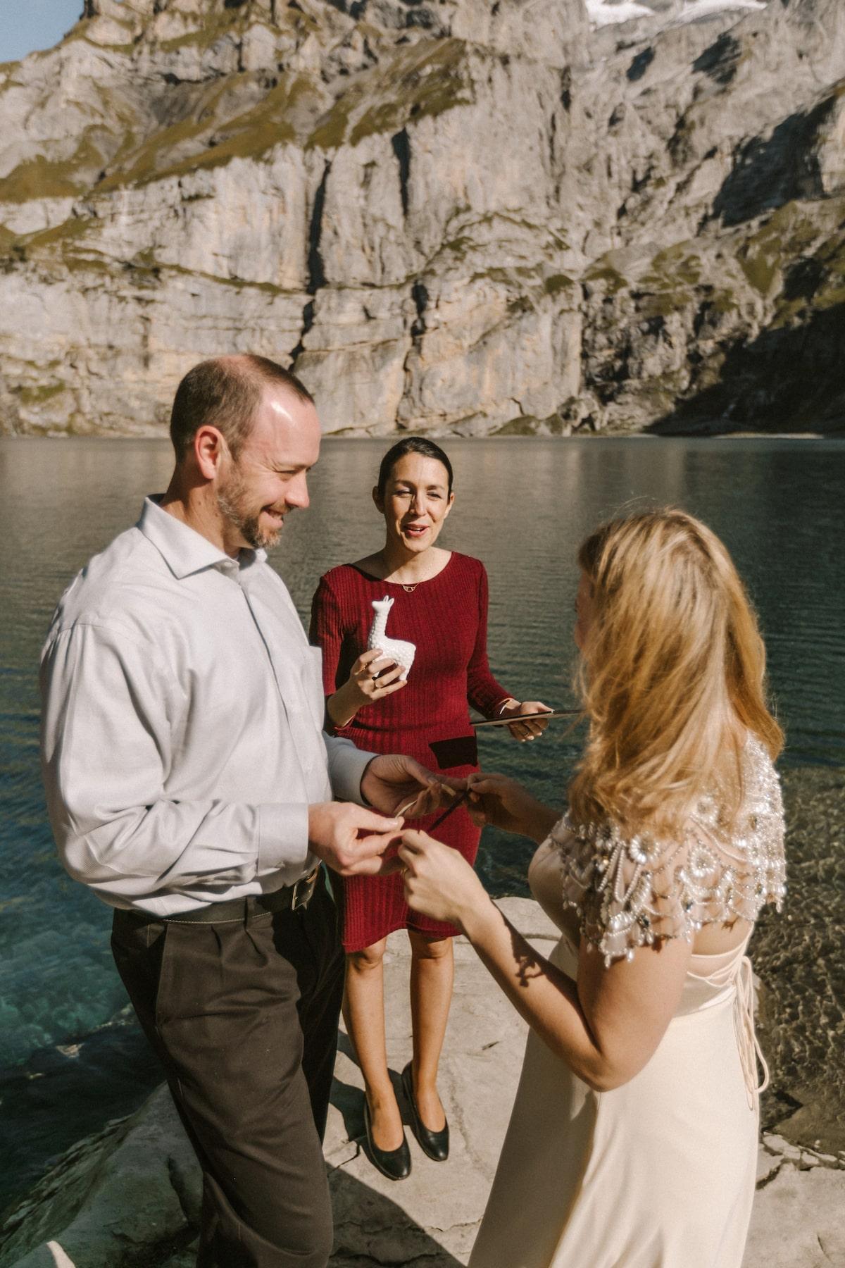 cérémonie de mariage et rituel symbolique